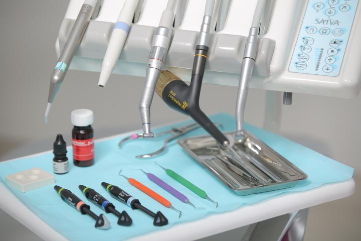 Терапевтична стоматологія, реставрація
